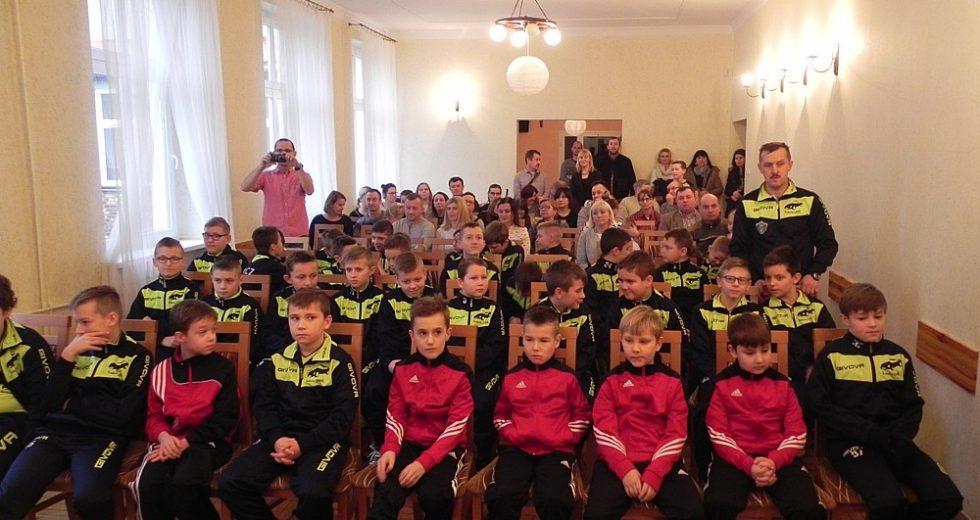 """Podsumowanie Roku Piłkarskiego 2016 w UKS """"Czwórka"""" Wałcz"""