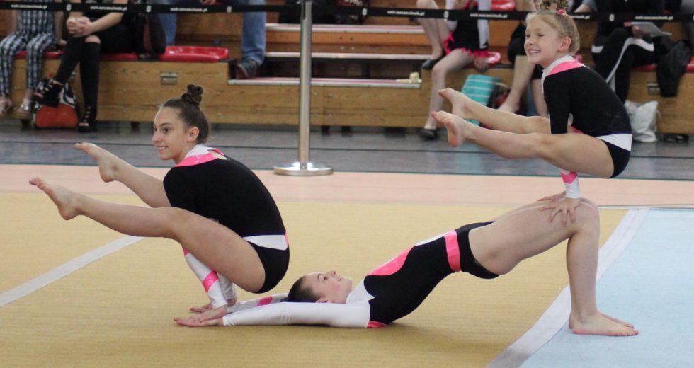 Międzywojewódzki Turniej Dwójek i Trójek Dziewcząt w Akrobatyce Sportowej