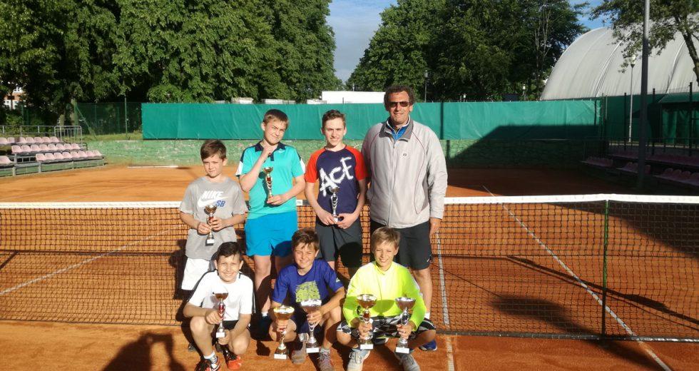 Tenis. Wojewódzki Turniej Klasyfikacyjny w Szczecinku