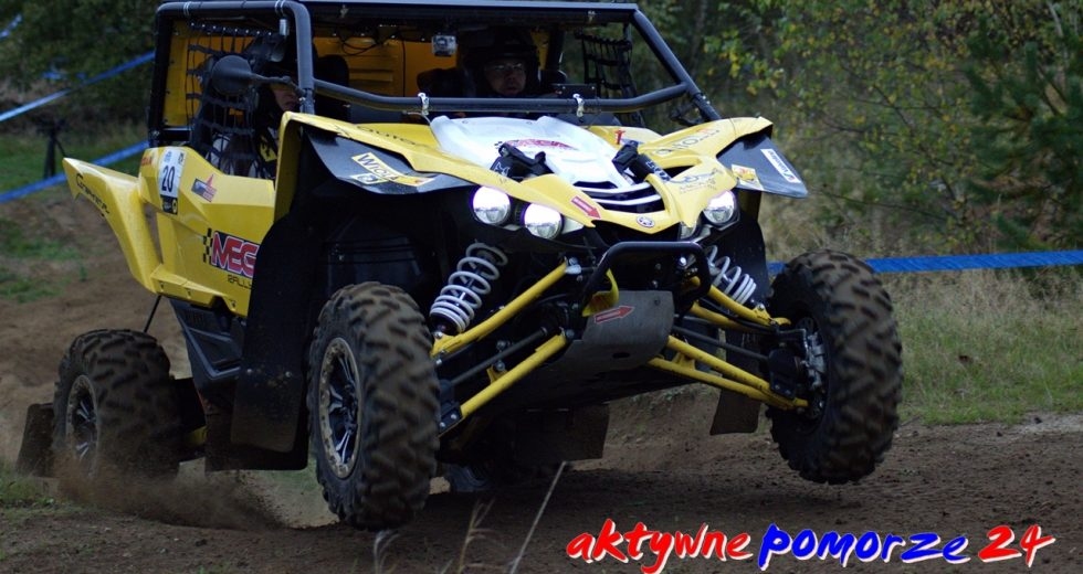 Najlepsi kierowcy w najszybszych samochodach. Baja Szczecinek Cross Country Rally. Zdjęcia i filmiki z trasy