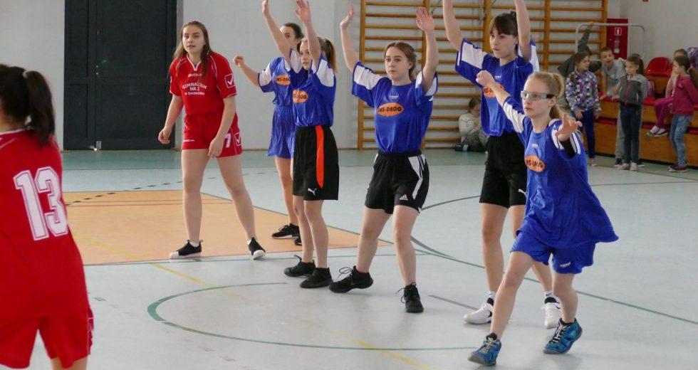 Powiatowe Igrzyska Młodzieży Szkolnej w piłce ręcznej dziewcząt