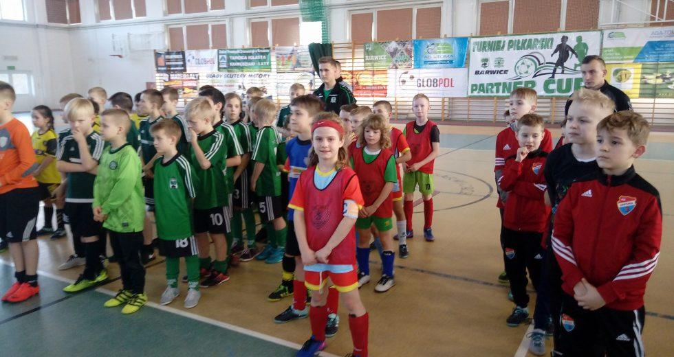Rocznik 2008 UKS Unia Białogard wygrywa PARTNER CUP w Barwicach