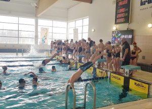 Ponad 120 zawodników walczyło w Szczecinku o tytuł Mistrza Województwa Zachodniopomorskiego w pływaniu