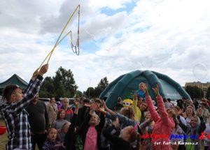 Na placu koncertowym mieszkańcy bawili się wspólnie na II Pikniku Trzech Osiedli