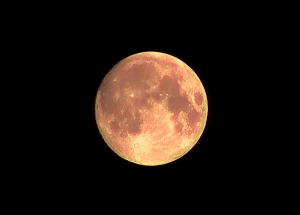 Za nami najdłuższe zaćmienie Księżyca w tym stuleciu. Kolejne takie dopiero w 2123 roku!