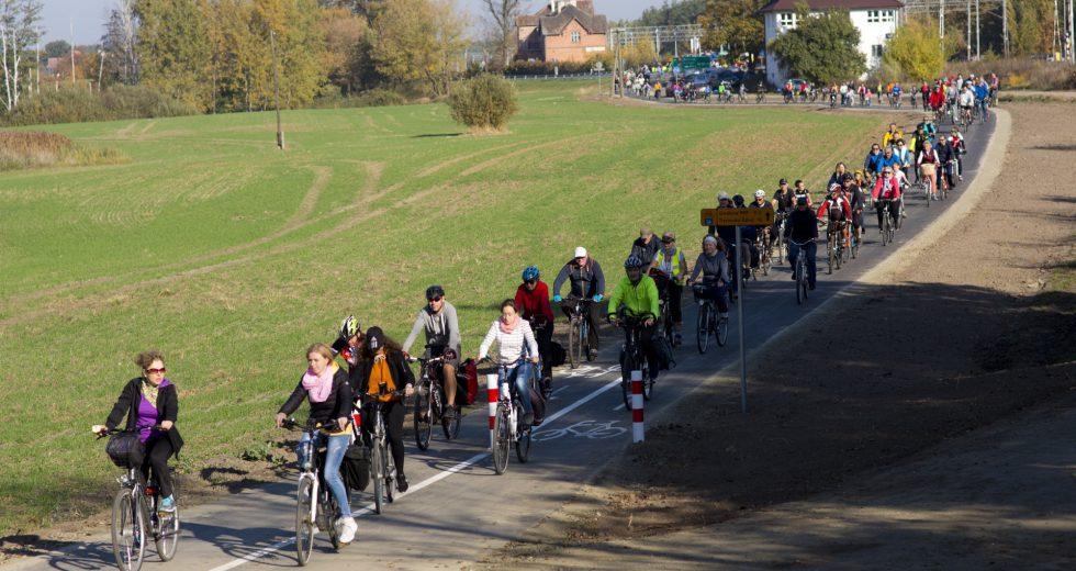 Pół tysiąca rowerzystów otworzyło trasę Siekierki – Trzcińsko Zdrój!
