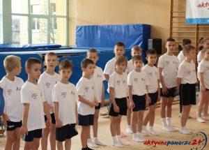 """""""Młode Talenty"""" w skokach na trampolinie"""