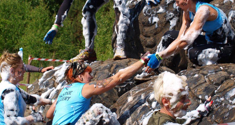 Zaproszenie do Zdbic k/Wałcza na ekstremalny bieg survivalowy z przeszkodami