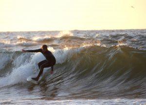 Szkoła Surfingu w Kołobrzegu ogłasza nabór do Juniorskiej sekcji Klubu Surfingu
