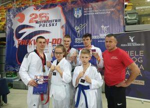 Zawodnicy KSW Szczecinek wywalczyli kolejne medale
