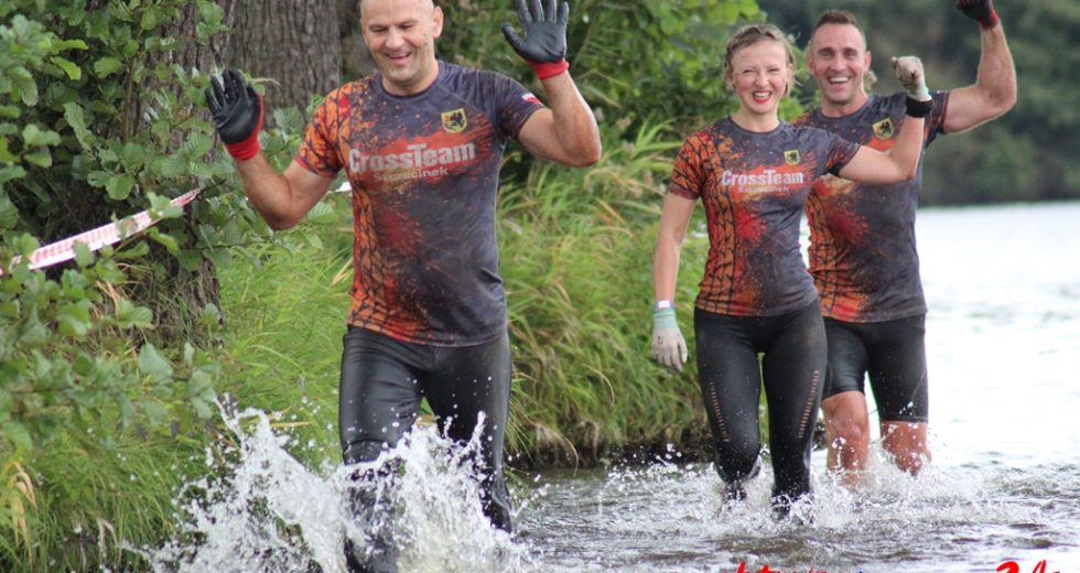 Active Challenge – pionierska formuła biegów z przeszkodami. Na starcie stanęło blisko 230 osób.
