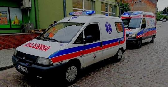 Szczecinek. Ratownicy zbierają na remont ambulansu.
