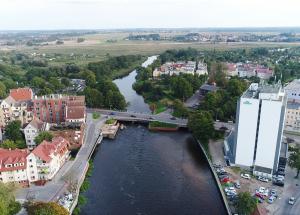 Powiat Kołobrzeski walczy z kłusownictwem na Parsęcie
