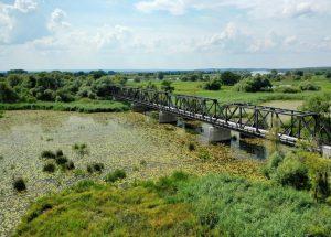 Pięknieje most w Siekierkach